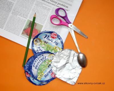 Hliníková víčka od jogurtů